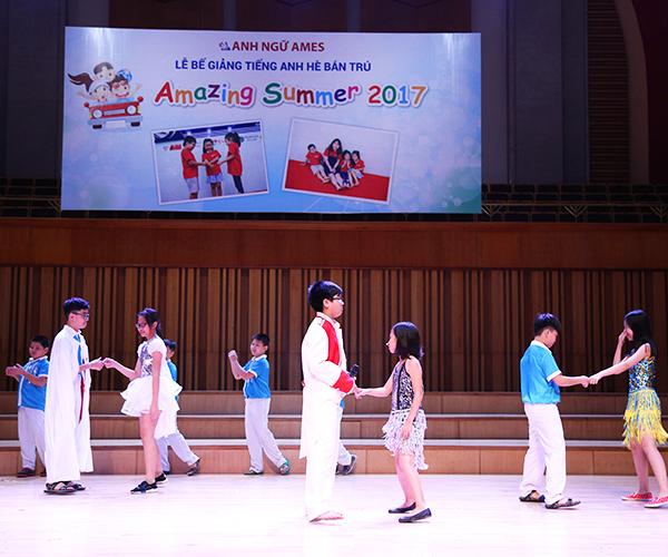 lễ bế giảng khóa học tiếng anh hè bán trú Amazing Summer 2017