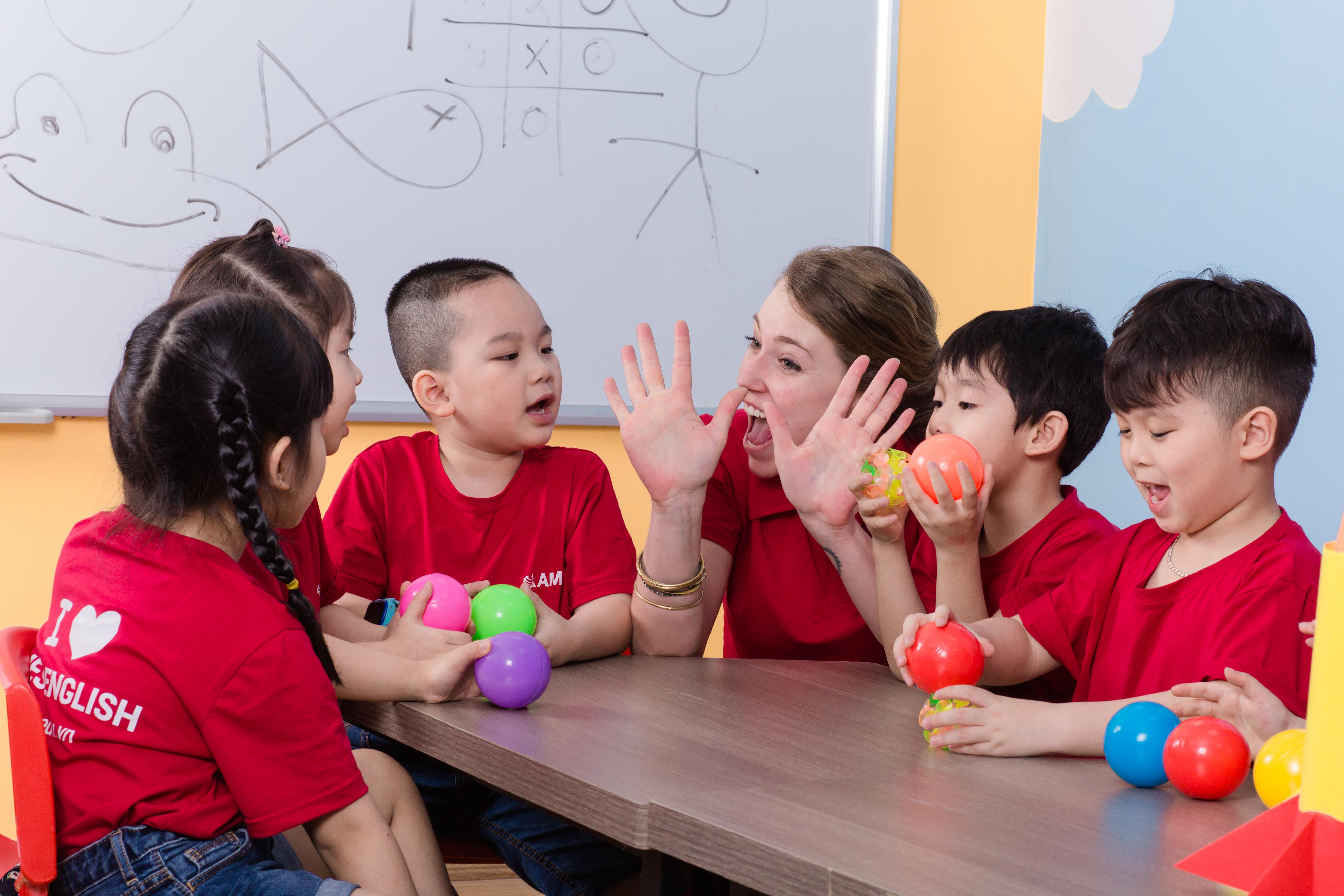 AMES ENGLISH khai trương chi nhánh mới tại Bạch Mai