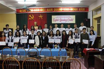 Thầy cô AMES Hà Đông làm ban giám khảo cuộc thi ENGLISH SPEAKING CONTEST do trường THPT Quang Trung tổ chức