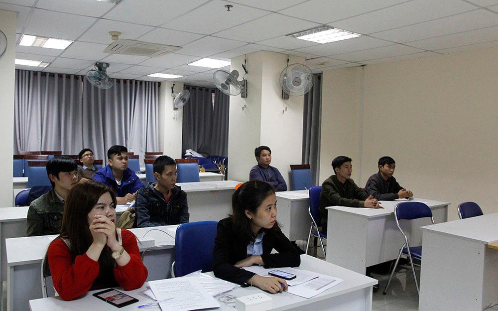 Khai giảng lớp Lập trình viên Quốc tế Batch 143