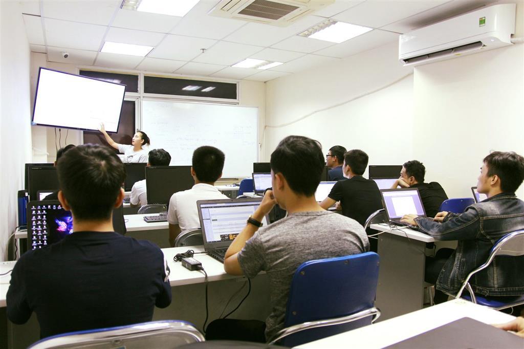 Lợi thế của sinh viên CNTT được Đào tạo theo chuẩn Quốc tế
