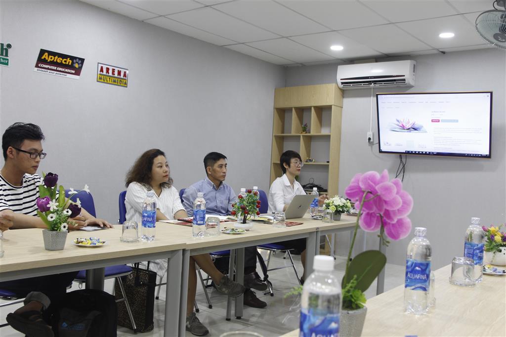 Buổi giao lưu hợp tác tuyển dụng giữa Arena Đà Nẵng và Lovepop Việt Nam.